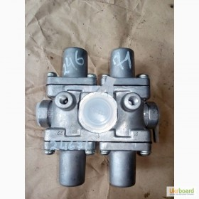 Клапан защиты четверной 100-3515410 МАЗ